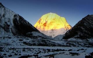 Гора Кайлас на Тибете: что от нас скрывают?
