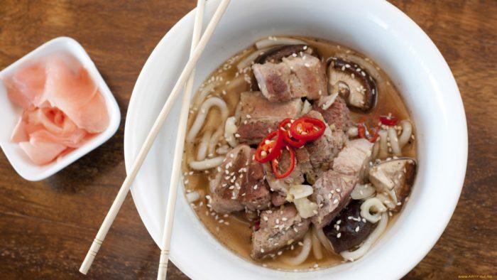 Хайнаньский суп из баранины с лапшой