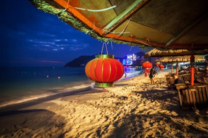 Пляжный сезон на острове Хайнань