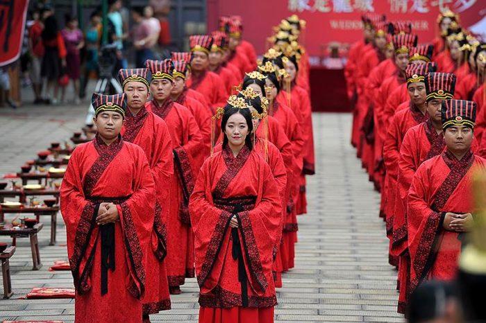Пора романтики в Китае. Ци Си