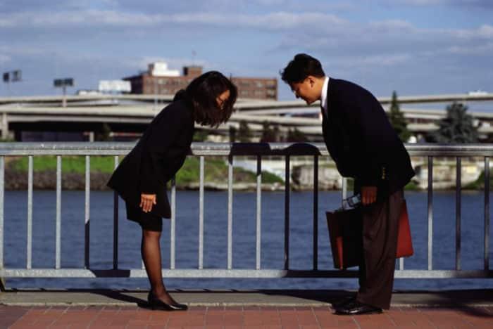 Японцы при встрече