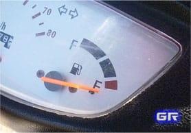 Датчик и индикатор топлива
