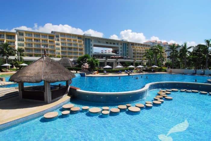 Days Hotel & Suites Sanya Resort 5*