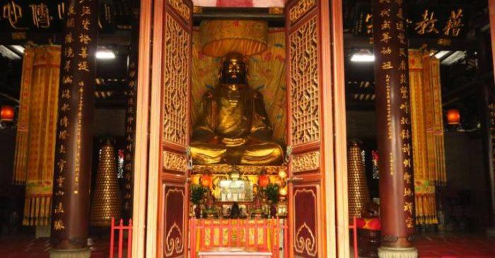 Храм Хуалинь