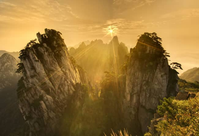Хуаншань (Желтые Горы)