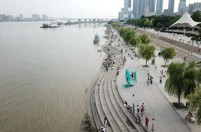 Набережная реки Янцзы