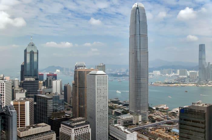 Небоскреб Жемчужина Гонконгм