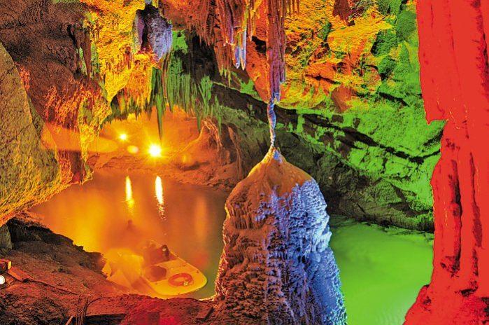 Нерукотворный объект Benxi Cave
