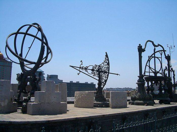 Старинная пекинская обсерватория