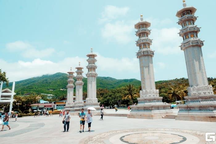 Центральная площадь Ялунваня