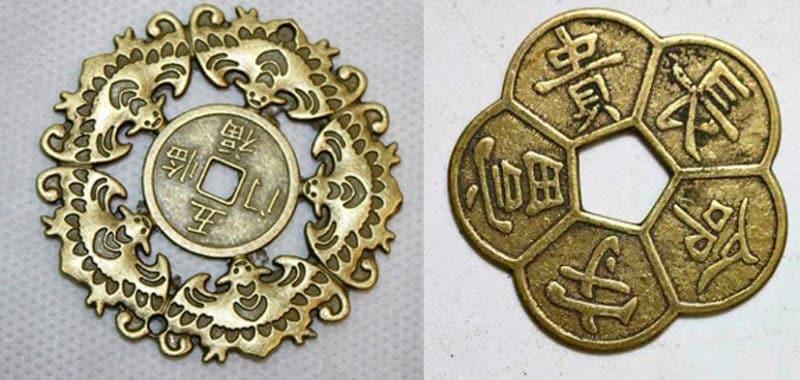 Так выглядят серебряные монетки-талисманы.