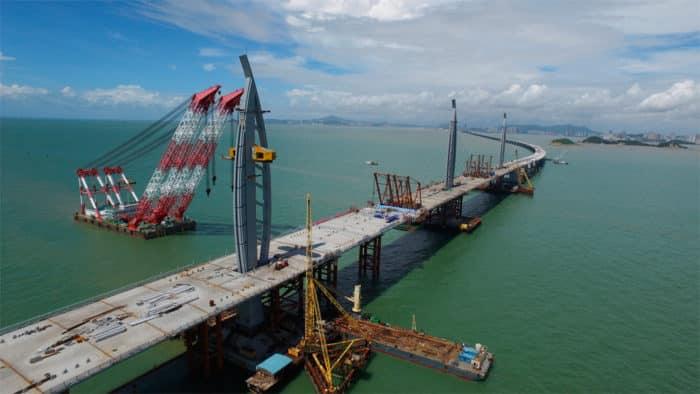 При строительстве моста заботились об экологии региона.