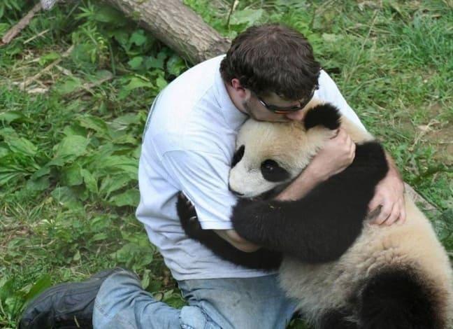 Обнимашки с пандой
