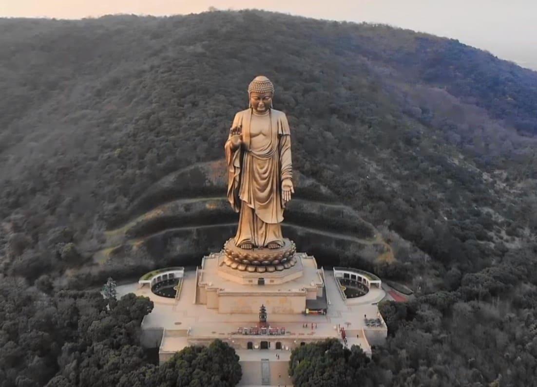 Гранд Будда в Китае